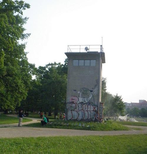 DDR Wachturm Berlin