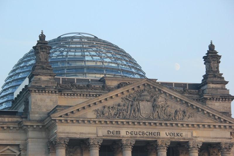 Dem Deutschen Volke Bundestag Berlin